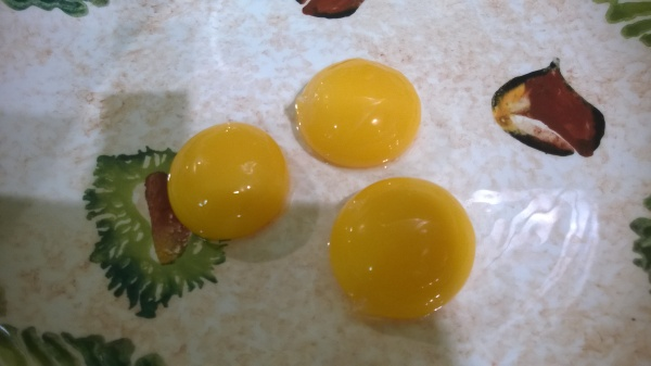 egg yolks for carbonara